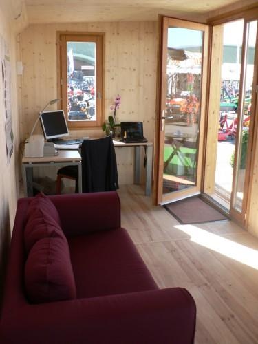 Bureau en bois chez vous